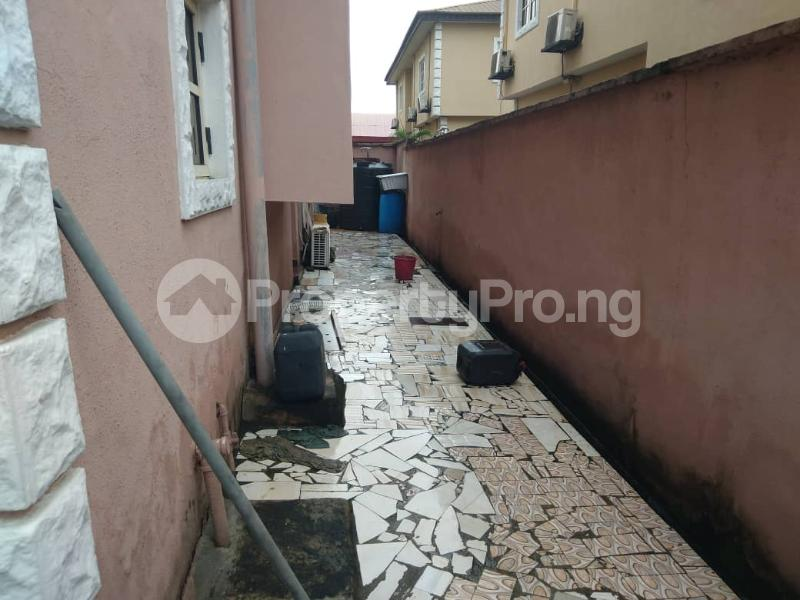 4 bedroom Detached Duplex House for sale In an estate Ifako-gbagada Gbagada Lagos - 7