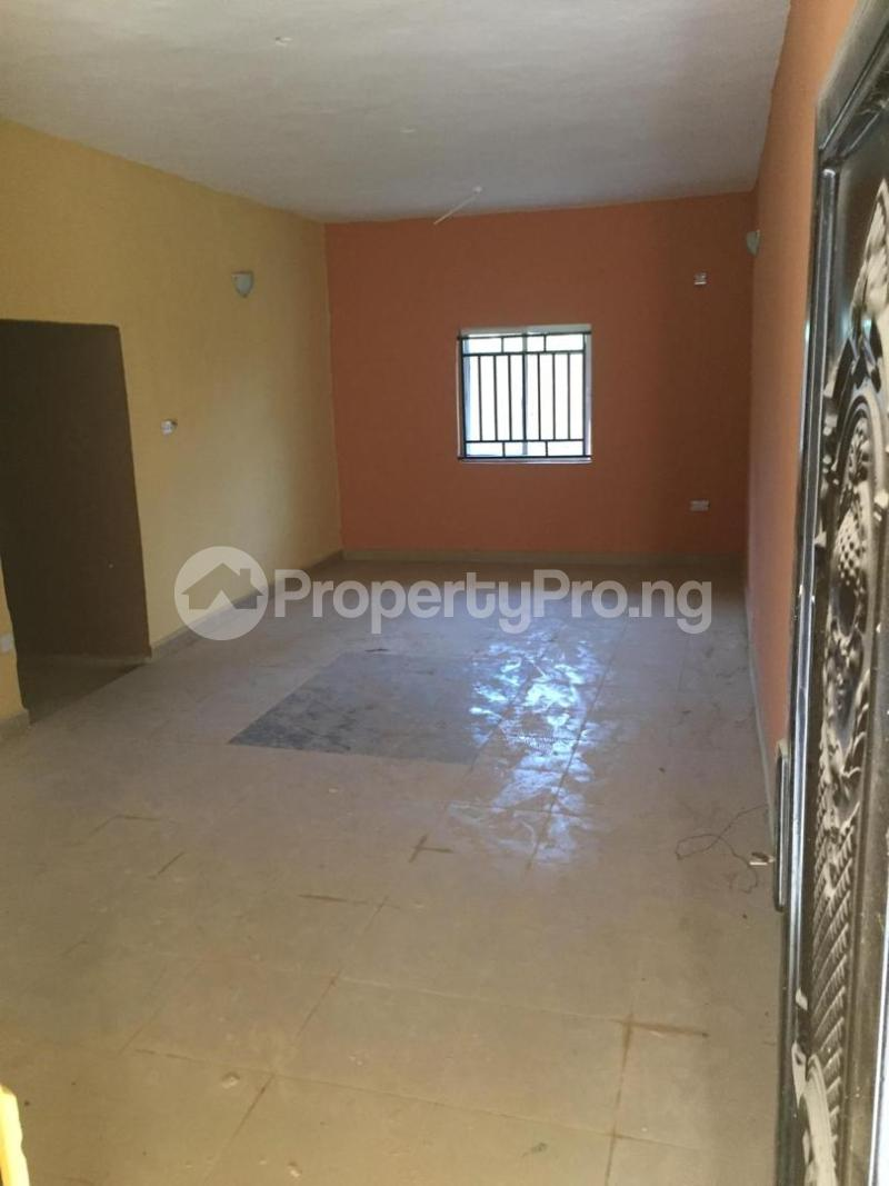 3 bedroom Shared Apartment Flat / Apartment for sale One Day Street in Agbani road Enugu Enugu - 1
