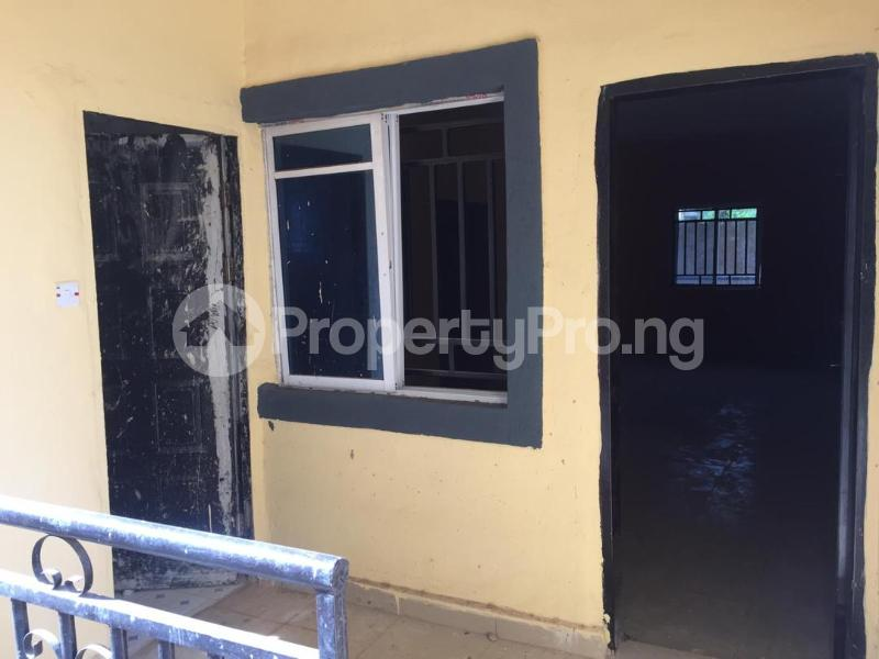 3 bedroom Shared Apartment Flat / Apartment for sale One Day Street in Agbani road Enugu Enugu - 7