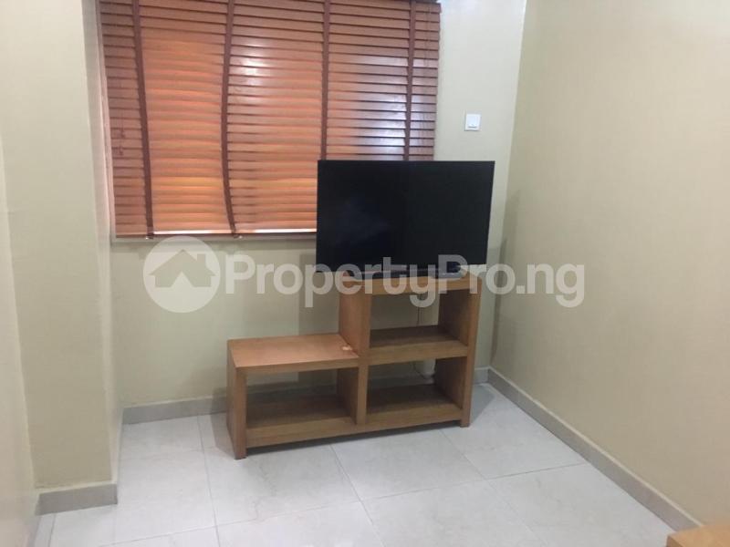 2 bedroom Terraced Duplex House for shortlet Off Esugbayi Ikeja GRA Ikeja Lagos - 2
