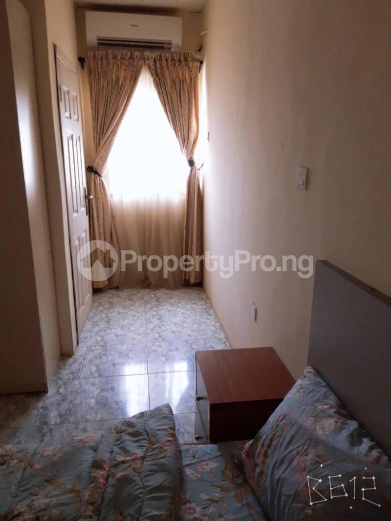 3 bedroom Flat / Apartment for shortlet Parkway Avenue Lekki Phase 2 Lekki Lagos - 4