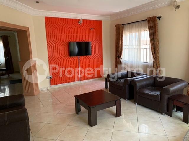 1 bedroom mini flat  Self Contain Flat / Apartment for shortlet Road 38 Lekki Scheme 2 by Abraham Adesanya Ajah Lagos - 9