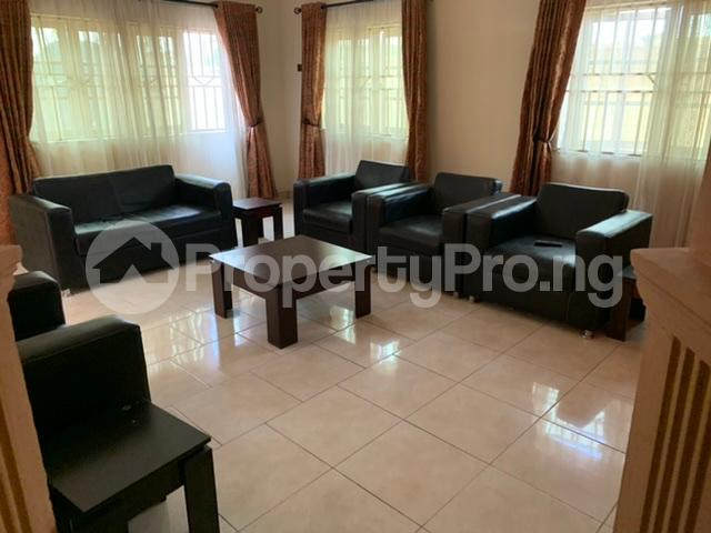 1 bedroom mini flat  Self Contain Flat / Apartment for shortlet Road 38 Lekki Scheme 2 by Abraham Adesanya Ajah Lagos - 11