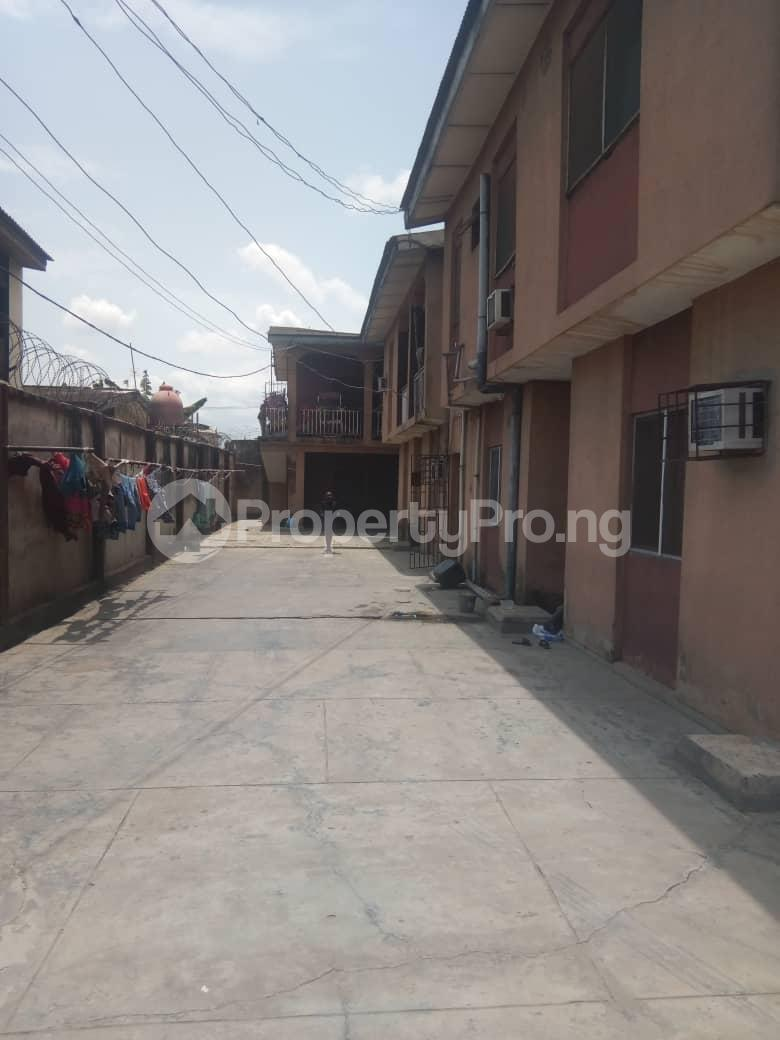 3 bedroom Flat / Apartment for sale - Agric Ikorodu Lagos - 3