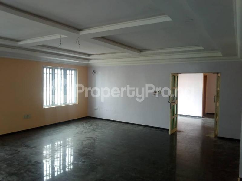 6 bedroom Detached Duplex House for sale --- Lekki Phase 1 Lekki Lagos - 3