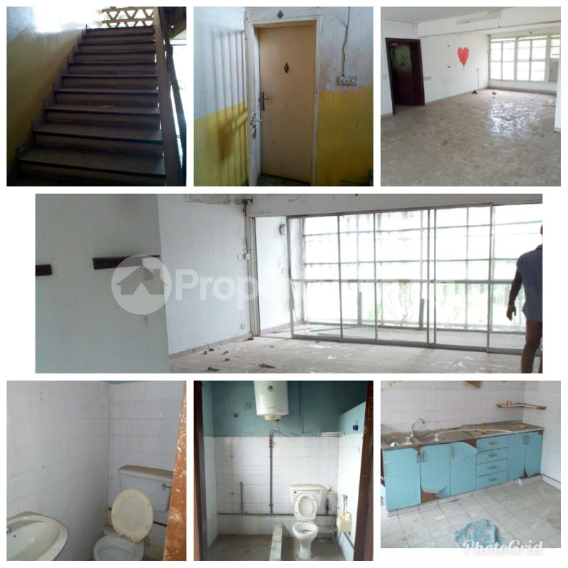 3 bedroom Shared Apartment Flat / Apartment for sale Crowther crescent  Apapa G.R.A Apapa Lagos - 2