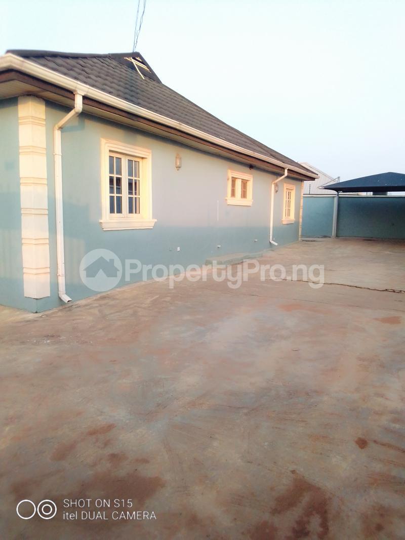 3 bedroom Terraced Bungalow House for sale Selewu Igbogbo Ikorodu Lagos - 2