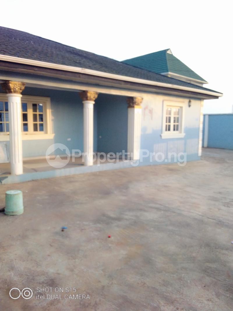 3 bedroom Terraced Bungalow House for sale Selewu Igbogbo Ikorodu Lagos - 5