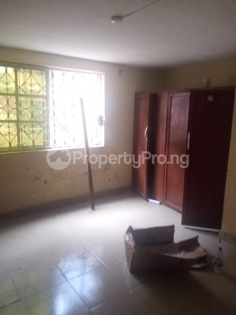 2 bedroom Flat / Apartment for rent Off Olufemi street Ogunlana Surulere Lagos - 5