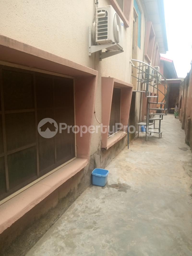 2 bedroom Flat / Apartment for rent Off Olufemi street Ogunlana Surulere Lagos - 2