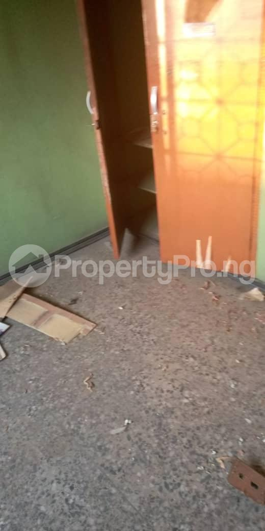 3 bedroom Self Contain Flat / Apartment for rent Awofeso Palmgroove Shomolu Lagos - 4