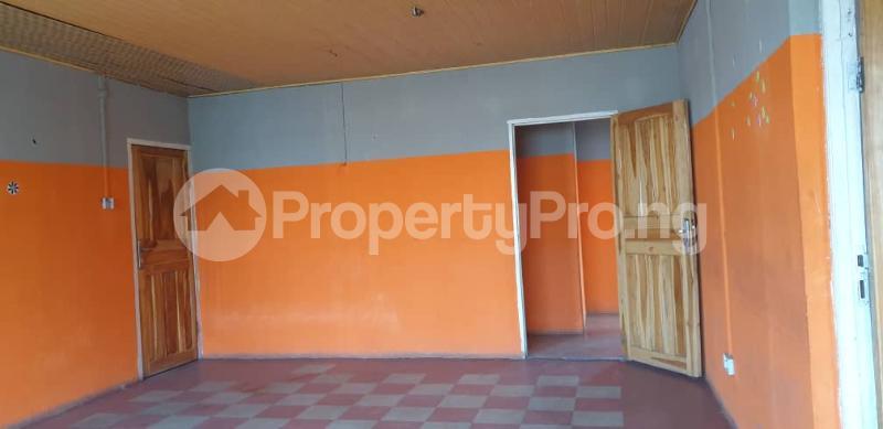 3 bedroom Flat / Apartment for rent Alagomeji, Yaba. Alagomeji Yaba Lagos - 4