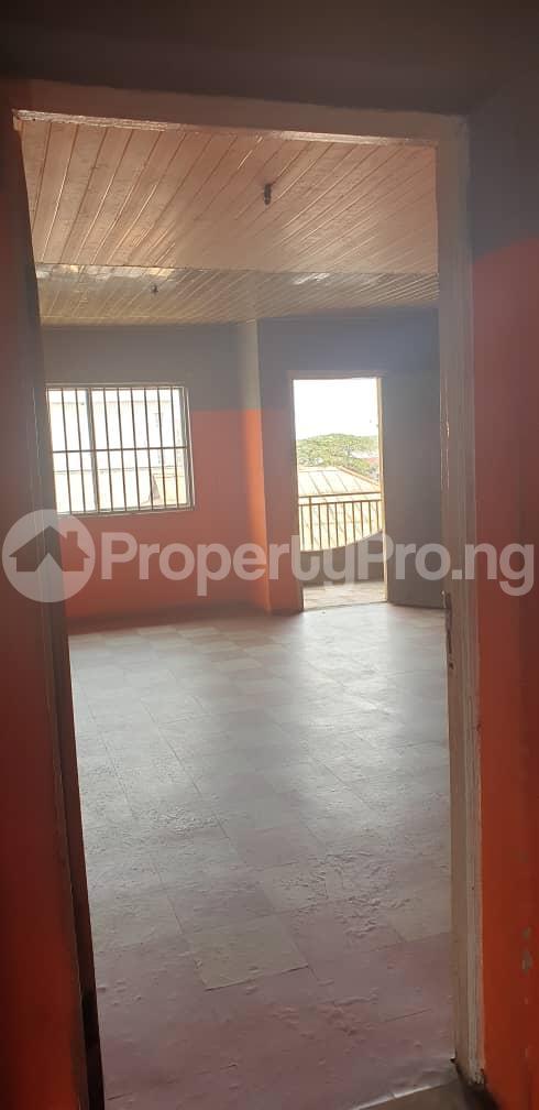 3 bedroom Flat / Apartment for rent Alagomeji, Yaba. Alagomeji Yaba Lagos - 5