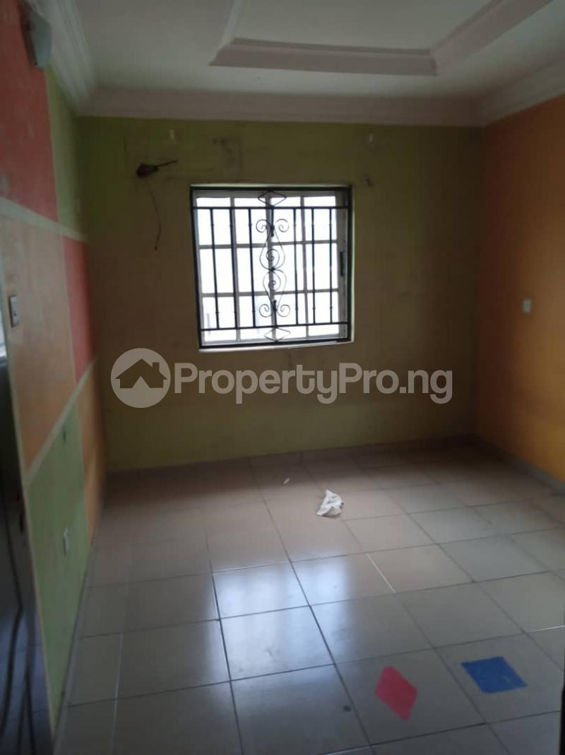3 bedroom Flat / Apartment for rent off Apata street shomolu Lagos by orthopedic Shomolu Lagos - 0
