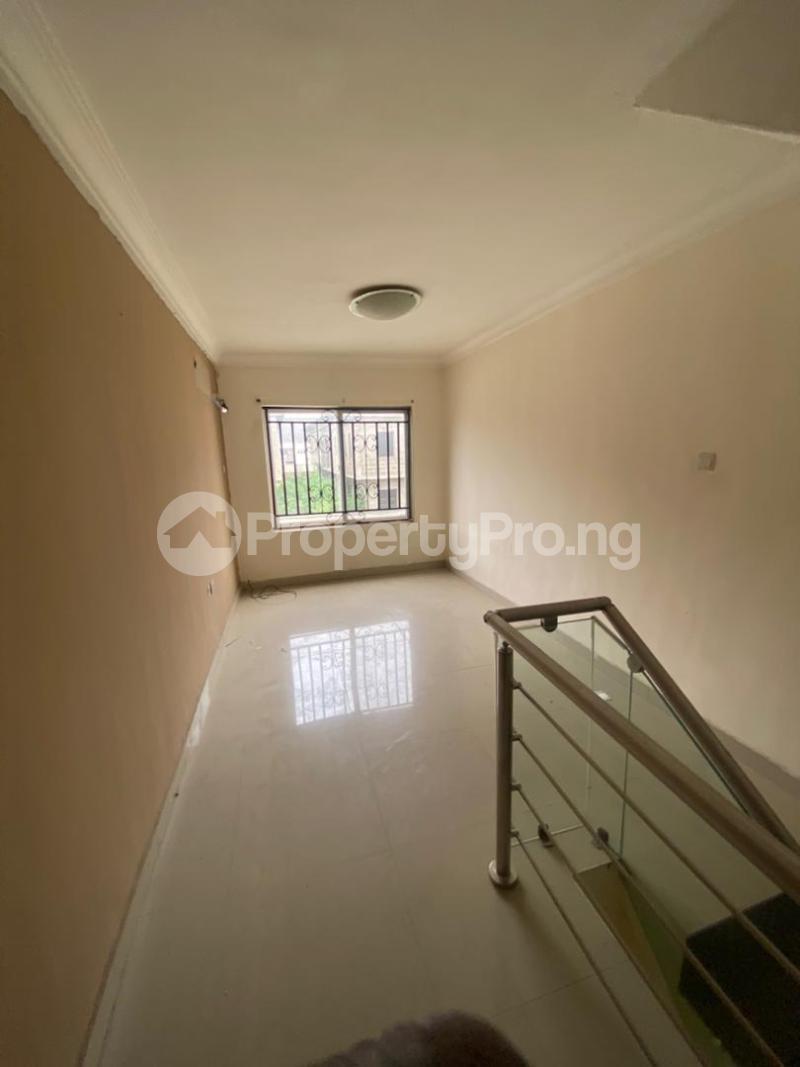 4 bedroom Flat / Apartment for rent Lekki Lekki Phase 1 Lekki Lagos - 3
