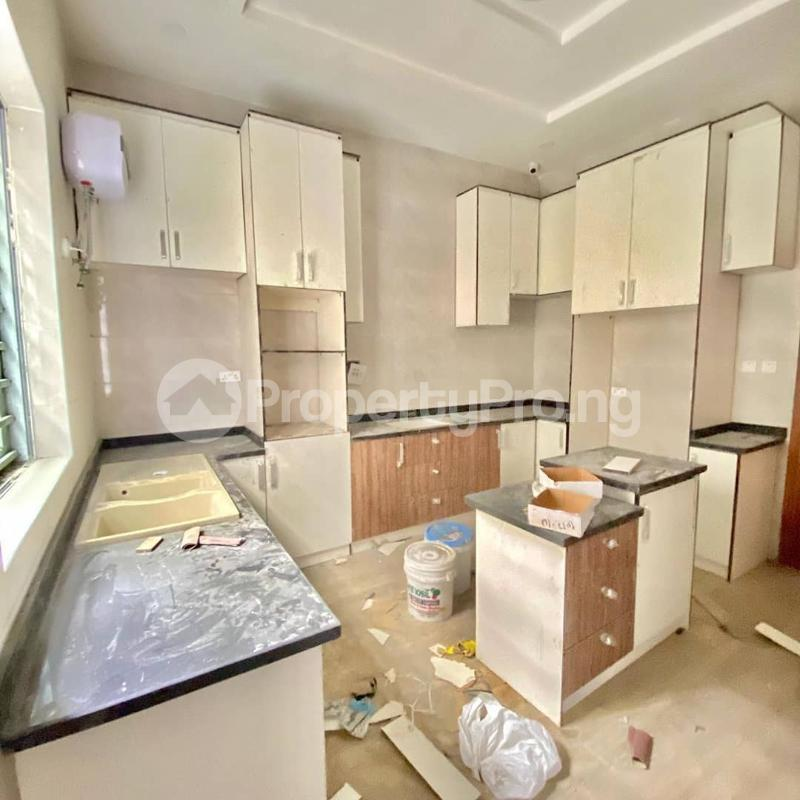 4 bedroom Semi Detached Duplex House for sale chevron Lekki Lagos - 0