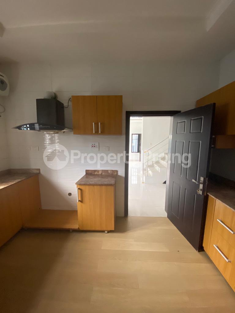 4 bedroom Semi Detached Duplex House for rent Orchid chevron Lekki Lagos - 1