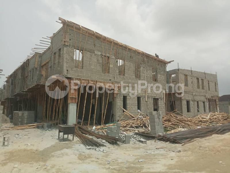 4 bedroom Terraced Duplex House for sale After the 2nd Toll gate, Between Chevron and VGC, Ikota, Lekki Phase 2,  Creek Avenue Court Ikota Lekki Lagos - 32