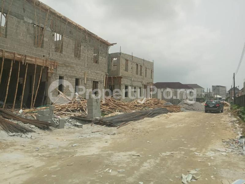 4 bedroom Terraced Duplex House for sale After the 2nd Toll gate, Between Chevron and VGC, Ikota, Lekki Phase 2,  Creek Avenue Court Ikota Lekki Lagos - 15