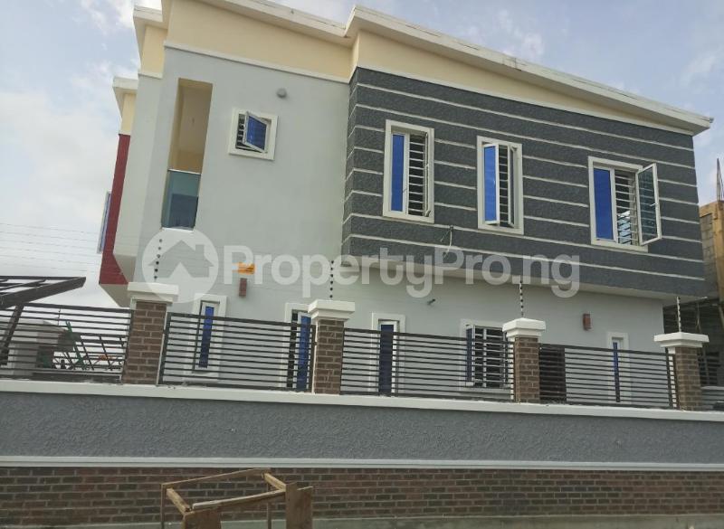 4 bedroom Terraced Duplex House for sale After the 2nd Toll gate, Between Chevron and VGC, Ikota, Lekki Phase 2,  Creek Avenue Court Ikota Lekki Lagos - 10