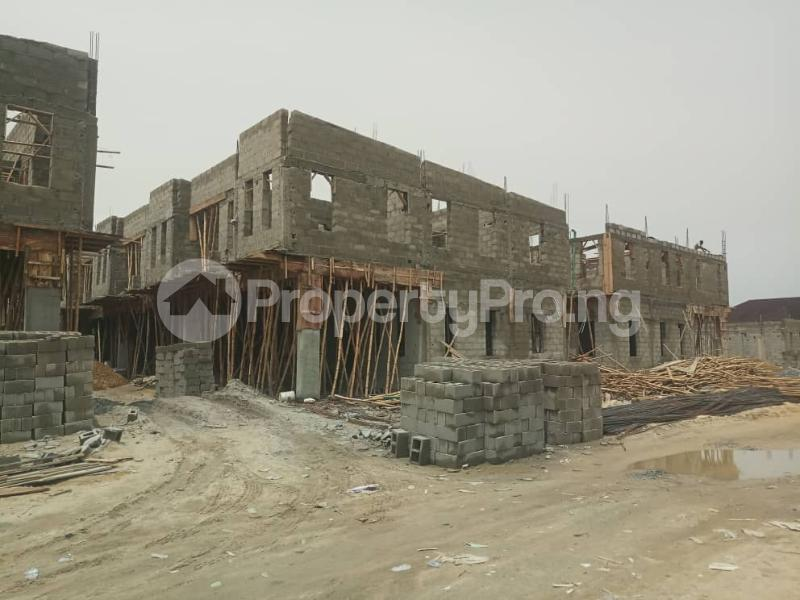 4 bedroom Terraced Duplex House for sale After the 2nd Toll gate, Between Chevron and VGC, Ikota, Lekki Phase 2,  Creek Avenue Court Ikota Lekki Lagos - 5