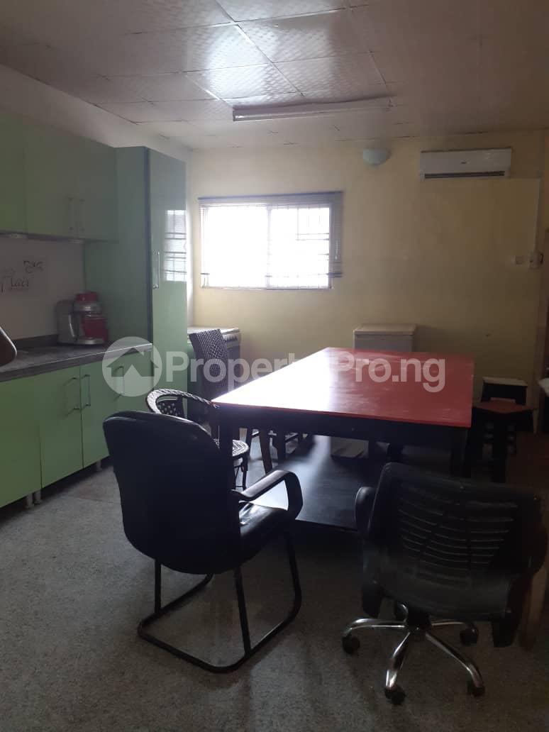 4 bedroom Flat / Apartment for rent Corona school  Anthony Village Maryland Lagos - 5