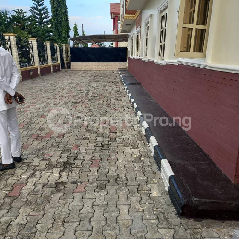 4 bedroom Semi Detached Duplex House for rent In A Gated Estate Monastery road Sangotedo Lagos - 11