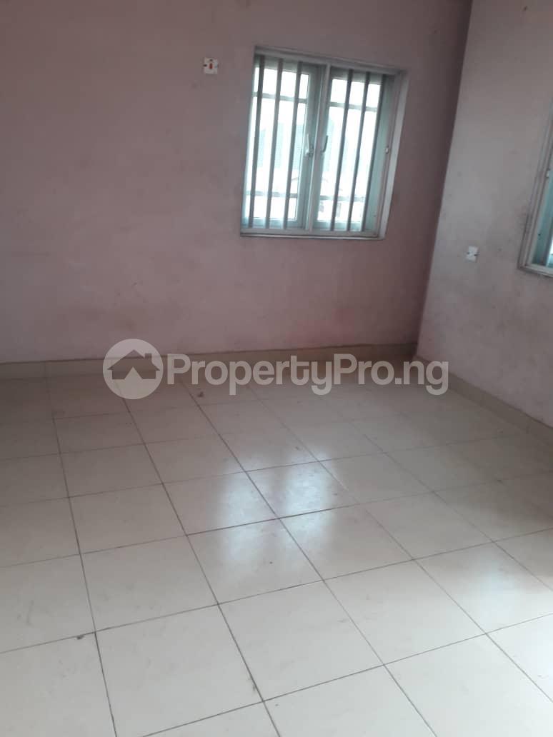 2 bedroom Flat / Apartment for rent By balogun bus stop Ago palace Okota Lagos - 6
