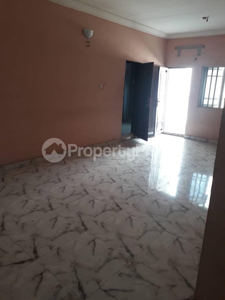 2 bedroom Flat / Apartment for rent By balogun bus stop Ago palace Okota Lagos - 7
