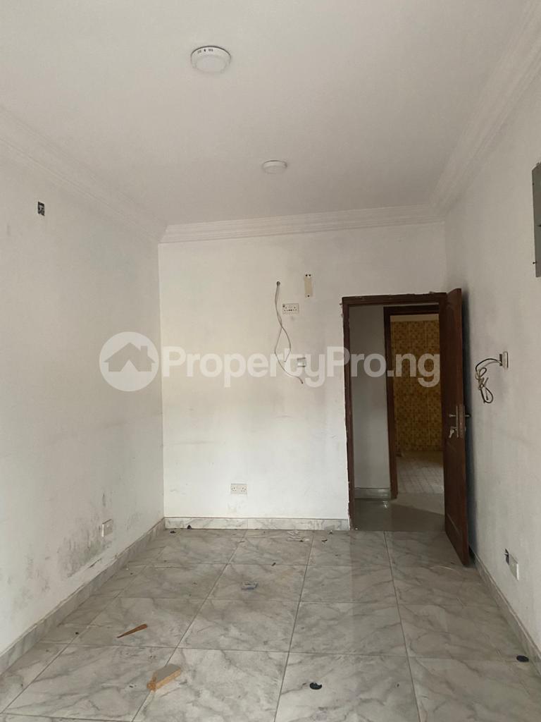 4 bedroom Semi Detached Duplex House for rent E Ogudu GRA Ogudu Lagos - 5
