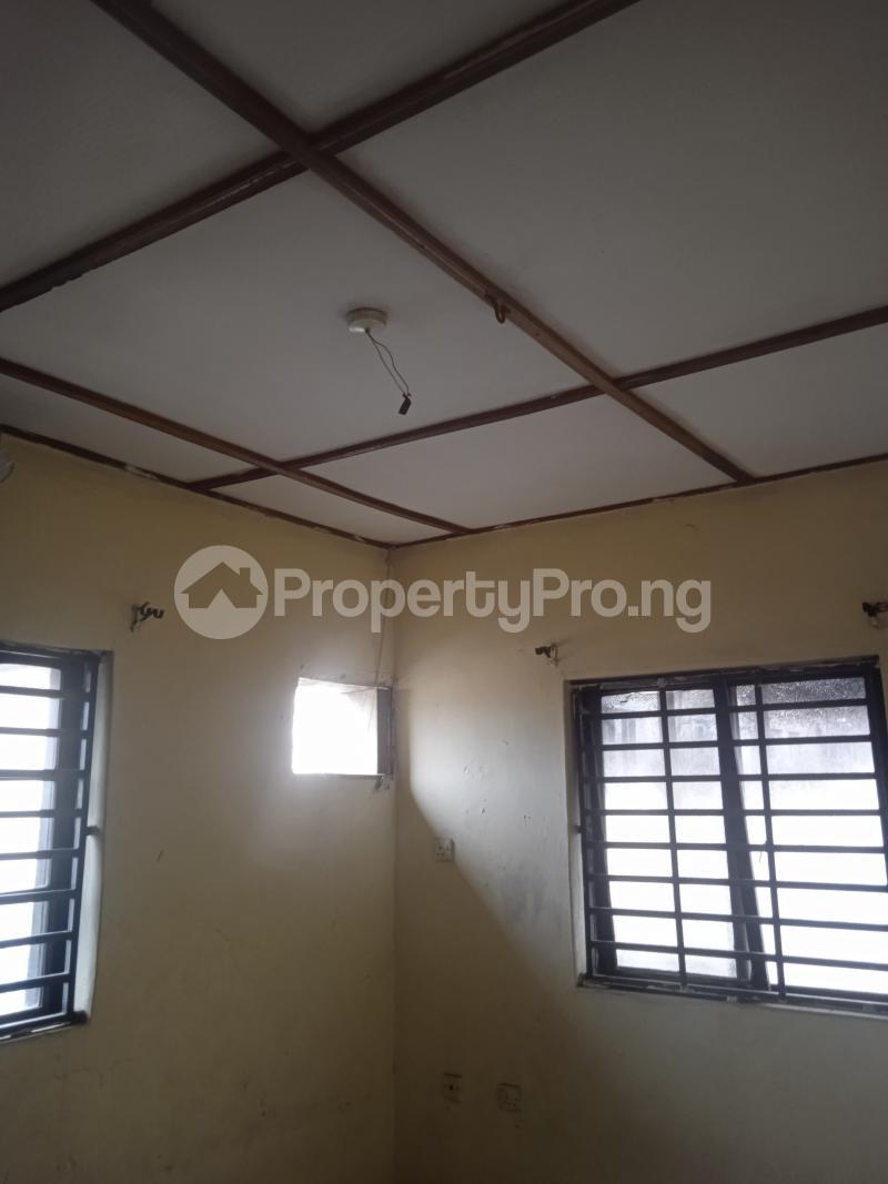 3 bedroom Flat / Apartment for rent Folawiyo Bankole Kilo-Marsha Surulere Lagos - 6