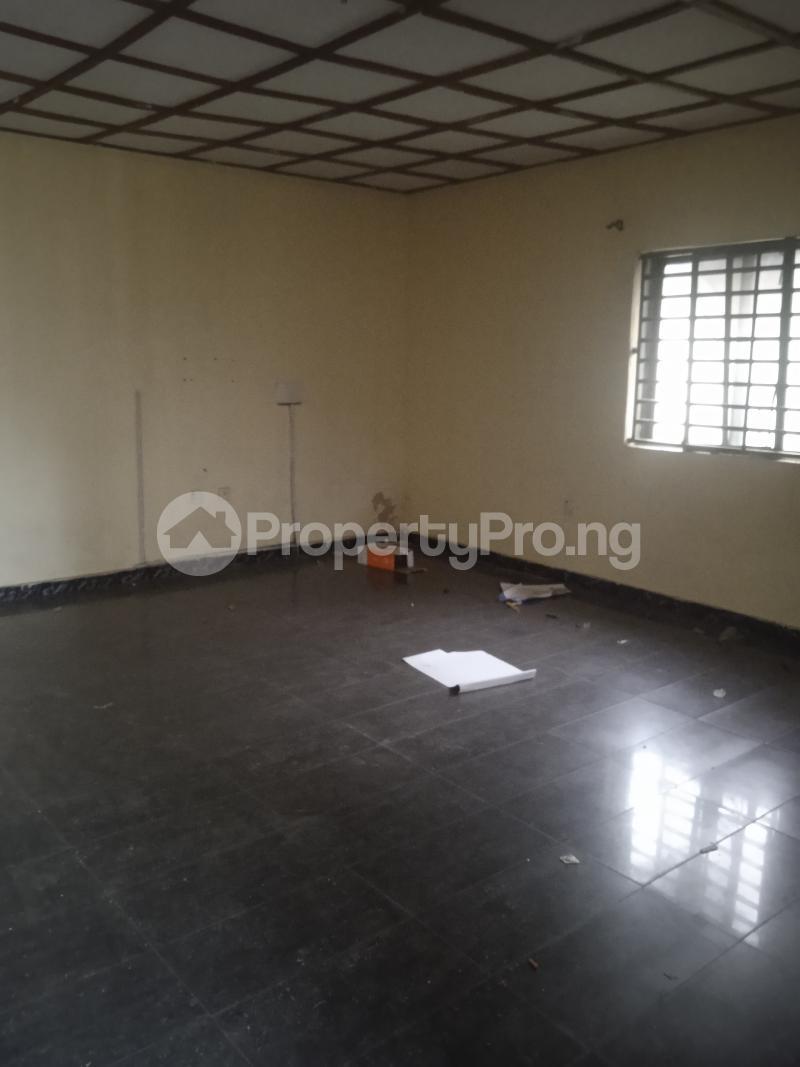 3 bedroom Flat / Apartment for rent Folawiyo Bankole Kilo-Marsha Surulere Lagos - 3