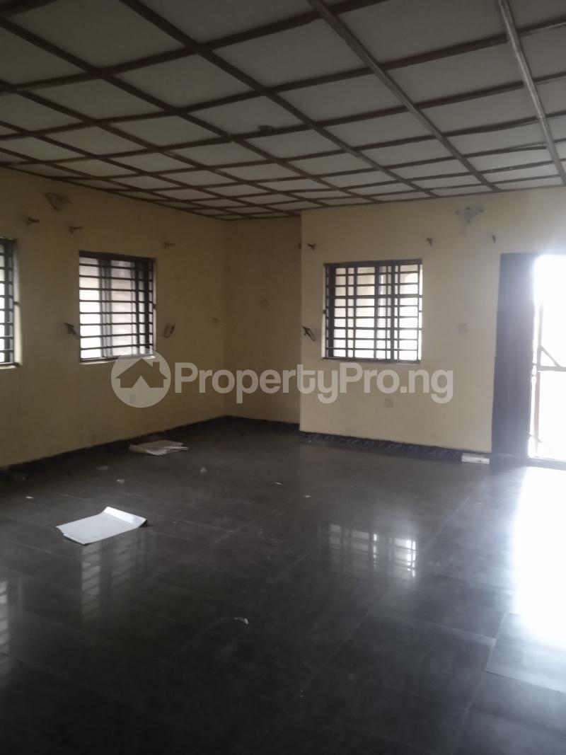 3 bedroom Flat / Apartment for rent Folawiyo Bankole Kilo-Marsha Surulere Lagos - 10