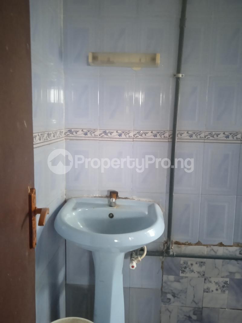 3 bedroom Flat / Apartment for rent Folawiyo Bankole Kilo-Marsha Surulere Lagos - 2