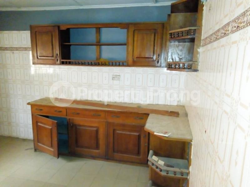 4 bedroom Detached Bungalow House for rent Orange gate  Oluyole Estate Ibadan Oyo - 1