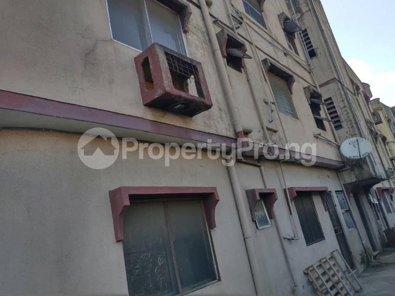 Blocks of Flats House for sale Off Agege Motor Road  Mushin Mushin Lagos - 6