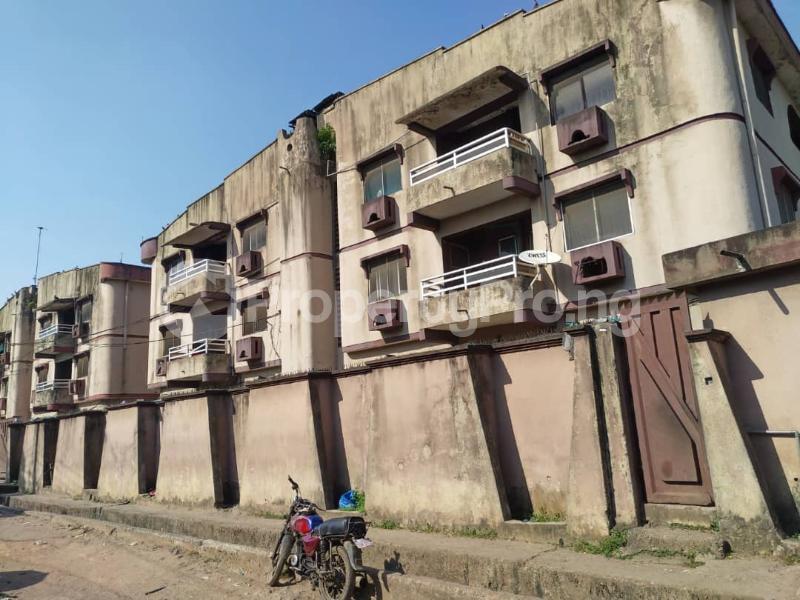 Blocks of Flats House for sale Off Agege Motor Road  Mushin Mushin Lagos - 2