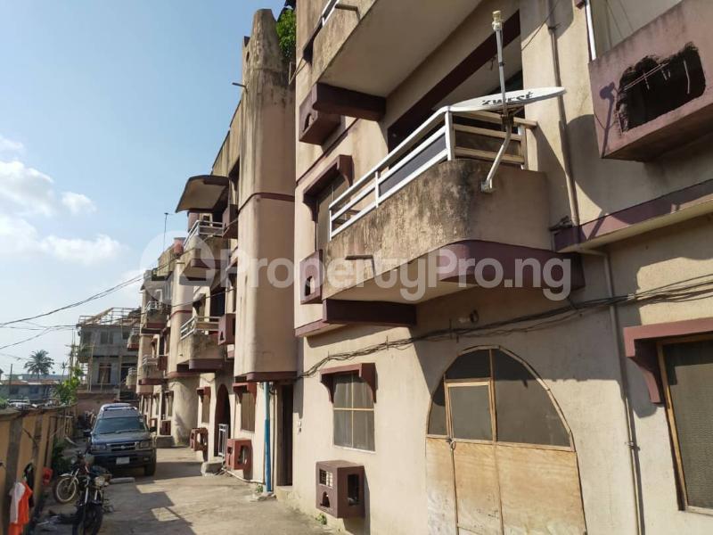 Blocks of Flats House for sale Off Agege Motor Road  Mushin Mushin Lagos - 9