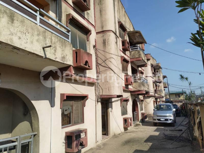 Blocks of Flats House for sale Off Agege Motor Road  Mushin Mushin Lagos - 4