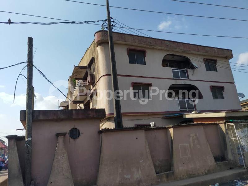 Blocks of Flats House for sale Off Agege Motor Road  Mushin Mushin Lagos - 21