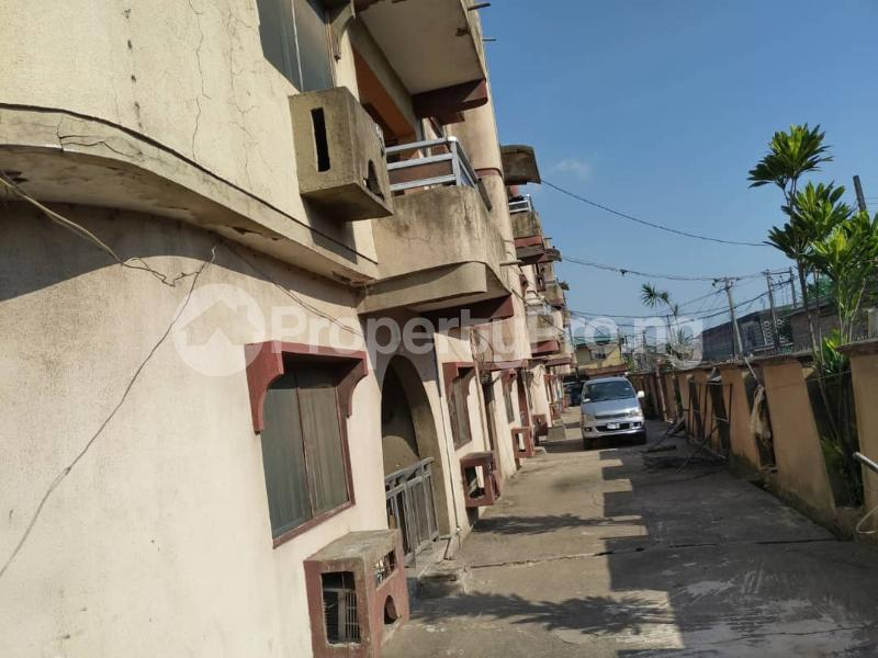 Blocks of Flats House for sale Off Agege Motor Road  Mushin Mushin Lagos - 17