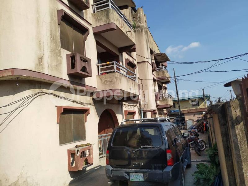 Blocks of Flats House for sale Off Agege Motor Road  Mushin Mushin Lagos - 12