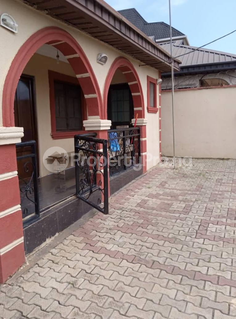 3 bedroom Detached Bungalow for sale Ipaja Lagos - 0