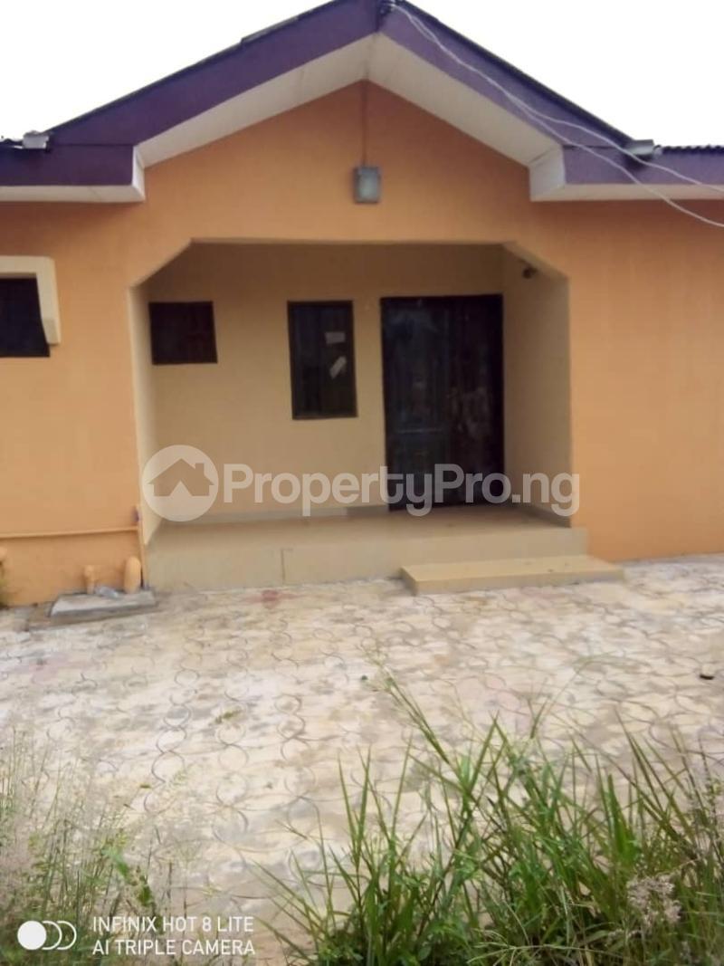 3 bedroom Detached Bungalow for sale Ishefun Ayobo Ipaja Lagos - 4