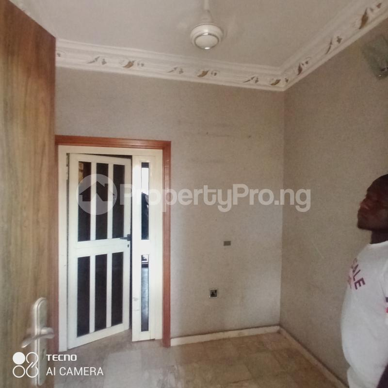 3 bedroom Blocks of Flats for rent Before Adeoyo Hospital In A Gated Estate Ring Rd Ibadan Oyo - 12