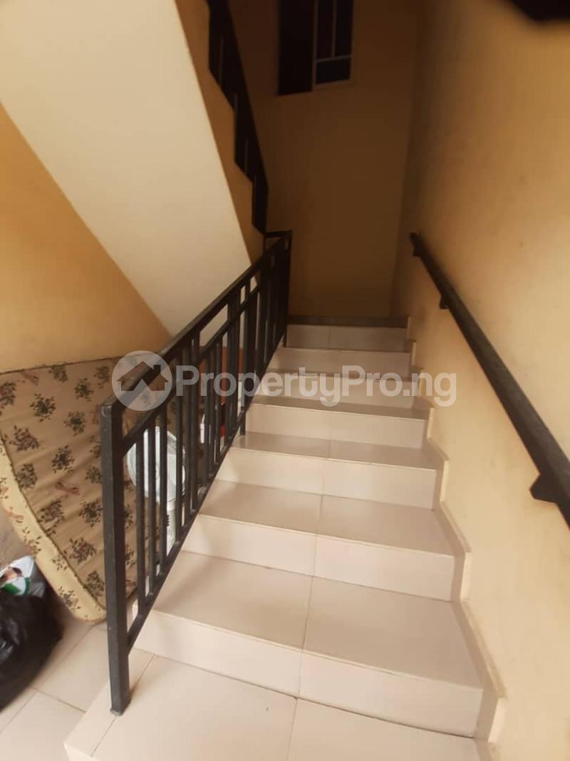 3 bedroom Blocks of Flats House for rent Ogba oke ira off ajayi road. Oke-Ira Ogba Lagos - 4