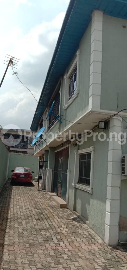3 bedroom Blocks of Flats House for rent Ogba oke ira off ajayi road. Oke-Ira Ogba Lagos - 2
