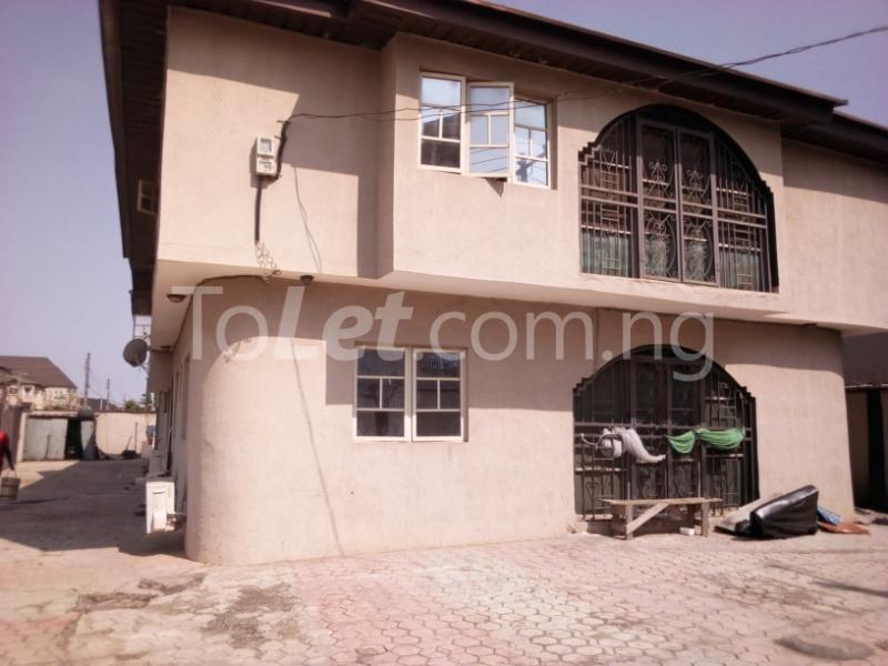 4 bedroom House for sale grand mate Ago palace Okota Lagos - 5