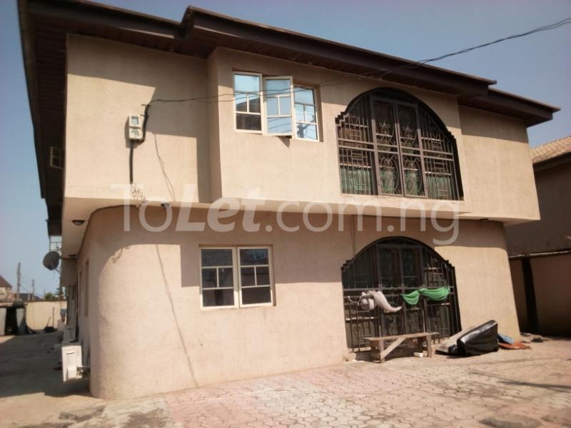 4 bedroom House for sale grand mate Ago palace Okota Lagos - 1