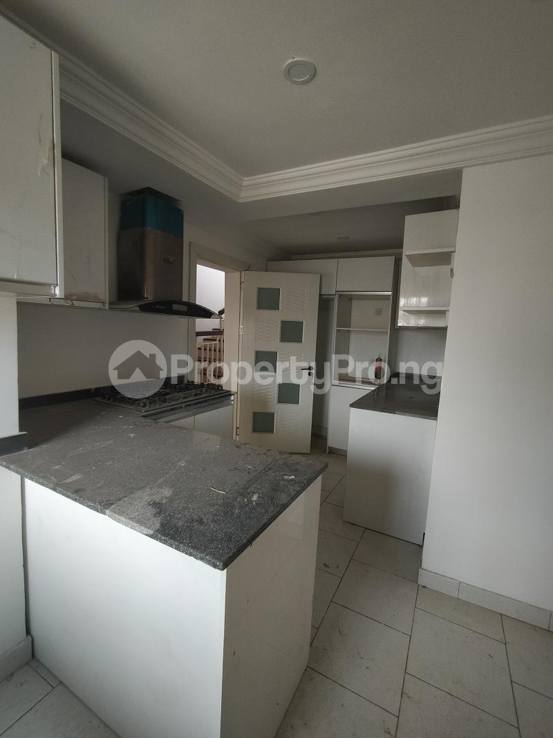 5 bedroom Terraced Duplex House for rent Igbo-efon Lekki Lagos - 8